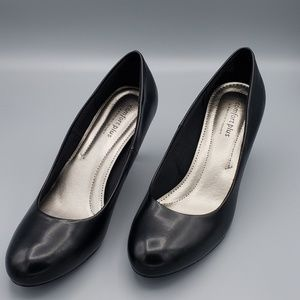 Comfort Plus by Predictions Matte Black Pump